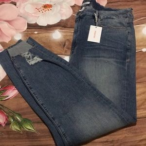 NWT Good American Good Legs high waisted jeans